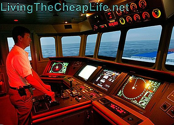 Merchant Marines Train med simulator mot piratattacker